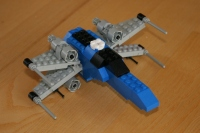 X-Wing en position d'attaque
